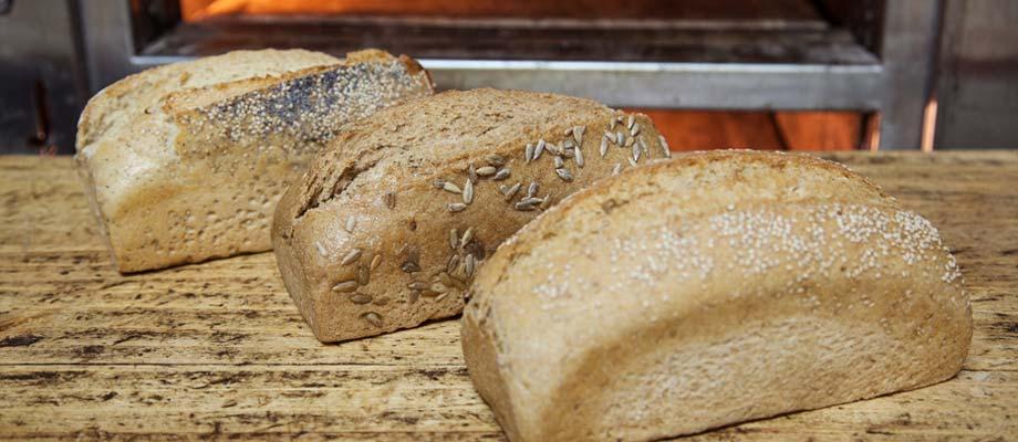 Cumpanis: Pan de almendra y pasas 650 g