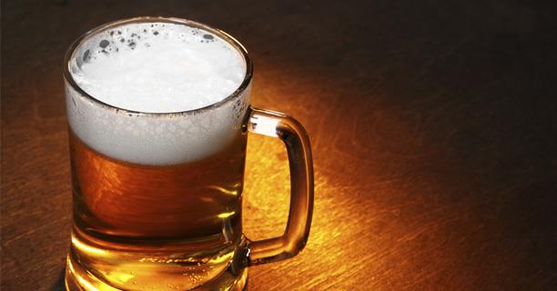 Cerveza de Lakabe: Cerveza rubia 75 cl