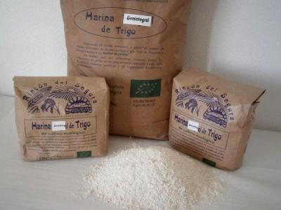 Rincón del Segura: harina SEMI-integral de trigo 5 kg